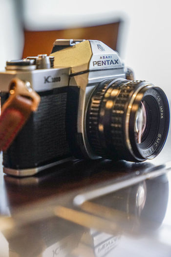 pentax K1000 old and faithfull Human Hand Photography Themes Camera - Photographic Equipment Old-fashioned Photographing Technology Retro Styled Close-up Lens - Eye SLR Camera Film Reel Film Camera Film Photographic Equipment