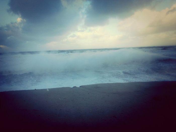 Sturmtief Xaver über Norderney .. Nordstrand Love Wellen ♡
