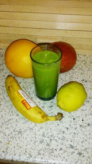 Frühstück Früchte Green Smoothie Smoothie Obst Gesunde Ernährung Juli 2015 plus babyspinat