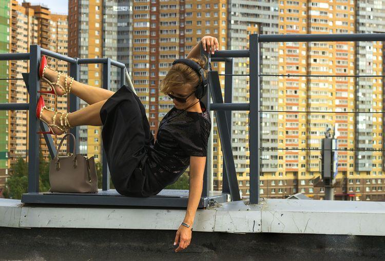 fashion city style Shoes Beautiful Model Fashion Urban Style Females City Full Length Women Business Sitting