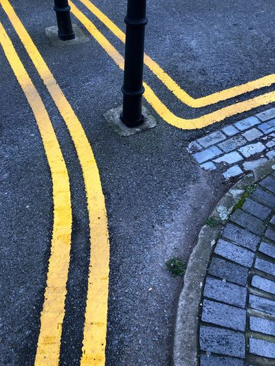 Yellow line in