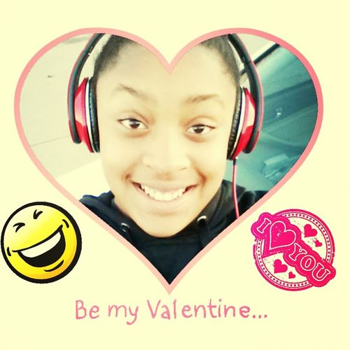 WOULD U BE MY VALENTINE??♥♥