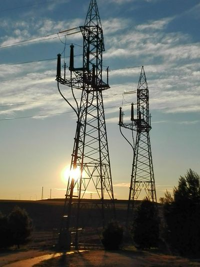 Electricity  Electricity Tower Electric Wire Sunset_collection Sunset Sunset Silhouettes Walking Around Walking Around The City  Lagavia Madrid Madrid, Spain Two Is Better Than One