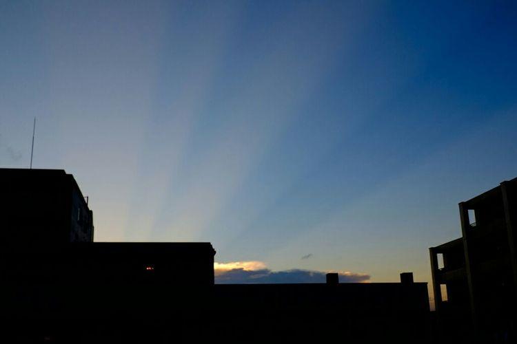 光芒 a shaft of light Fujifilm_xseries Fujifilm Sunset Dusk Fujixe2 XC1650 夕焼け 光芒 Skyporn Shaft