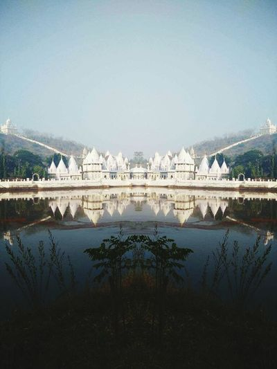 Mirror Reflection Reflection_collection Reflections ☀ Reflection In The Water Temple Architecture Templephotography Templesofindia Templesquare Temple Of Heaven Mirriorshot Mirror Image, Reflection, Reflexion Mybestphoto2016 Architecture Facade