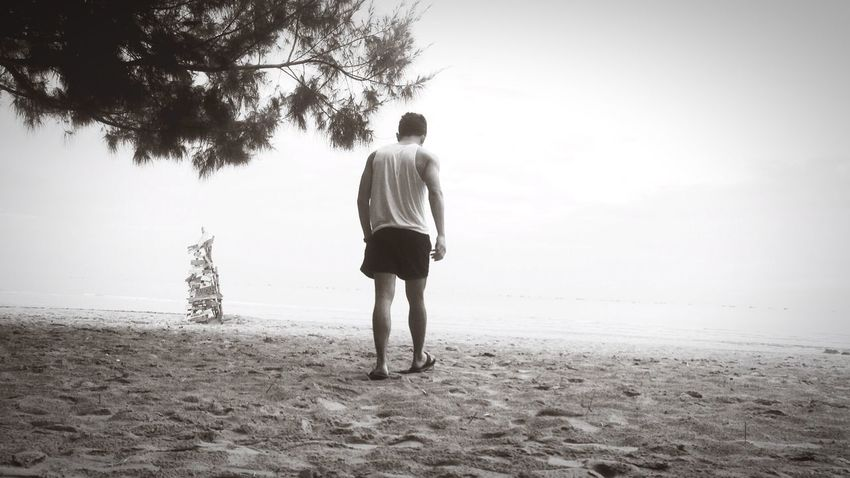 Nobody knows the future. Sea Sand Walking Chilling Relax Wake Find Path Sky Black And White Thailand