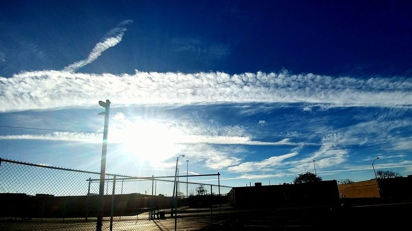 Whatthefuckaretheyspraying Poison Sky No People Outdoors Day Chicago Sky Chemtrails