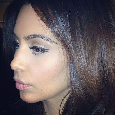 Kimkardashian Kimlovers Kim  Kardashian Kardashiansisters Kardashianlovers modern model love girl like