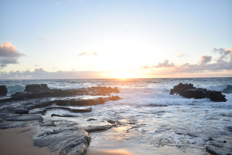 hikina a ka lā *Rising Sun* Sea Sunset Sky Cloud - Sky