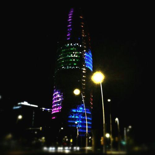 Torreagbar Colourstreet Nightlife Lightnight  noche navidad colores barcelonaconencanto bcn bcnnadal diciembre