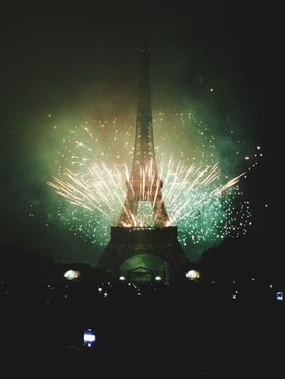 Bastille Day I Fireworks Tour Eiffel Eiffel Tower Monument The Moment - 2015 EyeEm Awards Night Nightphotography Architecture Firework Light