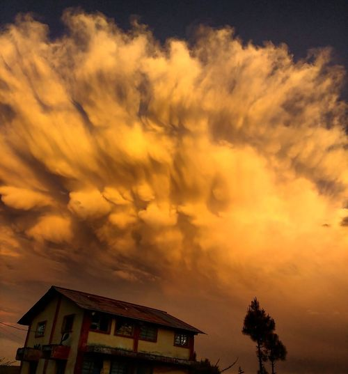 Mystic clouds! Clouds And Sky Strangeclouds Skyporn Photooftheday Natgeotravel Pithoragarh Photography