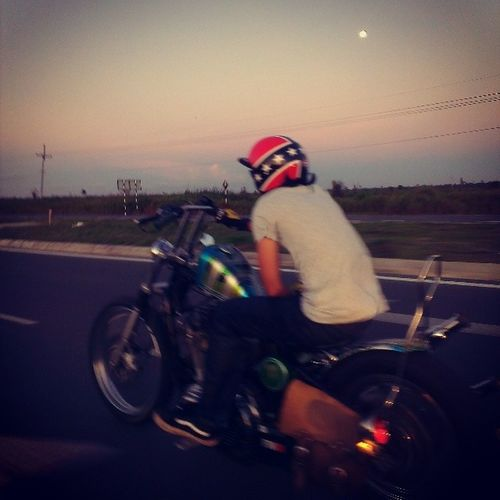 EarlyMoon Motorcyclepeople