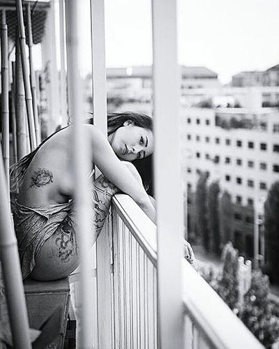 Candice in Paris Hotel Room Sexygirl Blackandwhite Hotel Light Photo Shooting Beautiful Girl Tatoo Girl Tatooedgirl