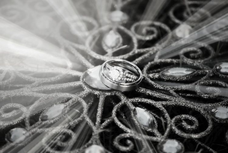 Beautiful Design Circle Close-up Creativity Diamond Rings No People Pattern Sunbeams