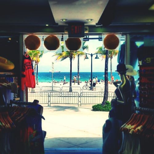 Taking Photos Check This Out Exit To The Sea Paradise Beach Fort Lauderdale  Beach Photography