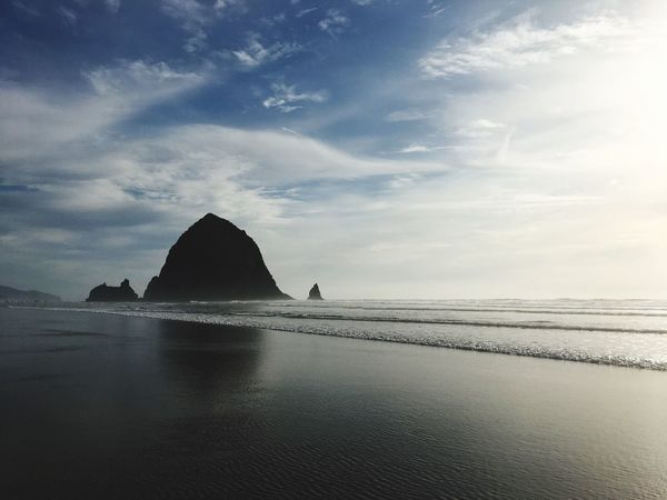Beach days Sea Scenics Water Sky Nature Beauty In Nature Tranquility Taking Photos Canon Beach Cloud - Sky Outdoors No People Beach Day Horizon Over Water