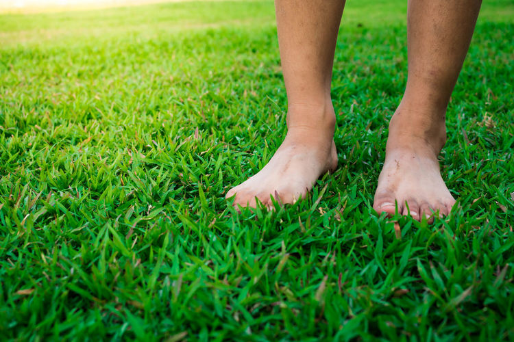 Foot Barefoot Close-up Grass Human Body Part Nature Outdoors People Sport