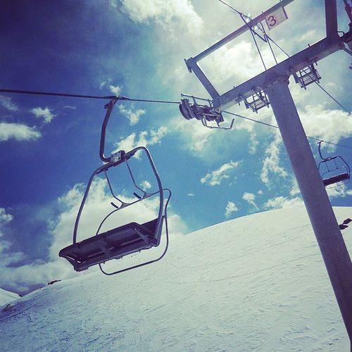 nieve nieve nieve andarivel cielo lindo Vallenevado Nieve Chile Esnowboard Snowboard Andarivel Cielo Lindo  Bonito Primavera Spring 春スノー 一人旅 思い出 チリでは絶好調 帰国後 絶不調 チリ 初海外 日本の裏側 渡航時間 約30時間 Genic_mag Genic_travel