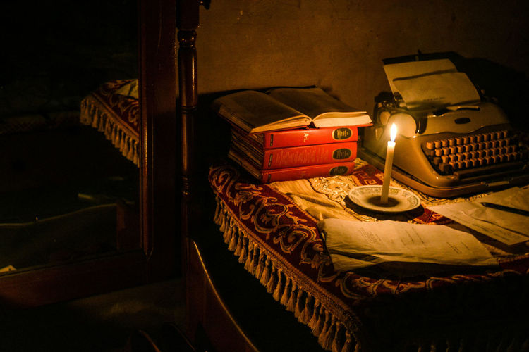 C'était ma Chambre. Artifact Renaissance StillLife Chiaroscuro  Lowlight Shadows Vintage ERA Period Incandescent Candle Flame Storytelling Fine Art Fone Art Photography Victorian