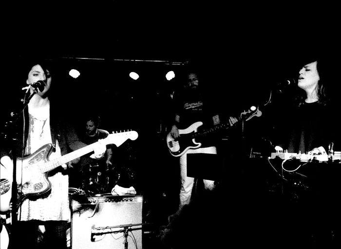 QVHoughPhoto Fargo Northdakota Sharonvanetten Concert Blackandwhite IPhoneography IPhone4s Dempseys Theaquarium