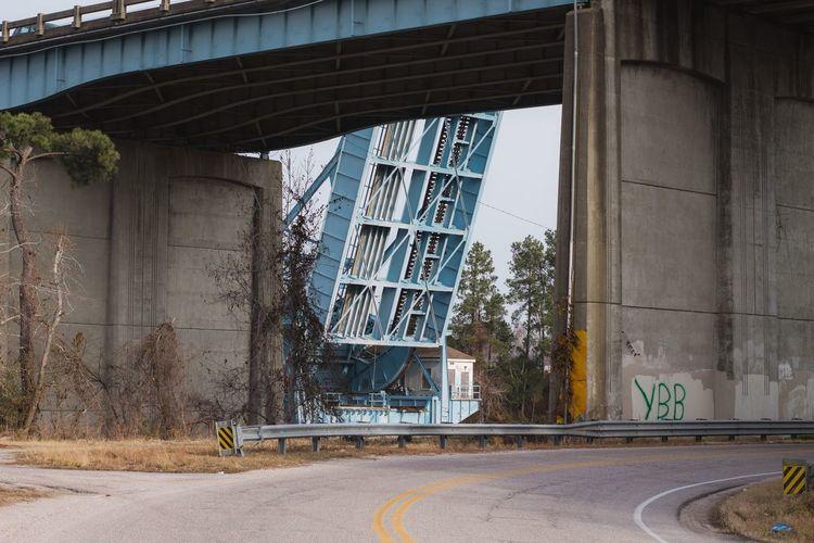 Bridge Bridge - Man Made Structure Overpass Urban Architecture Built Structure Day Building Exterior No People Outdoors City Colour Your Horizn