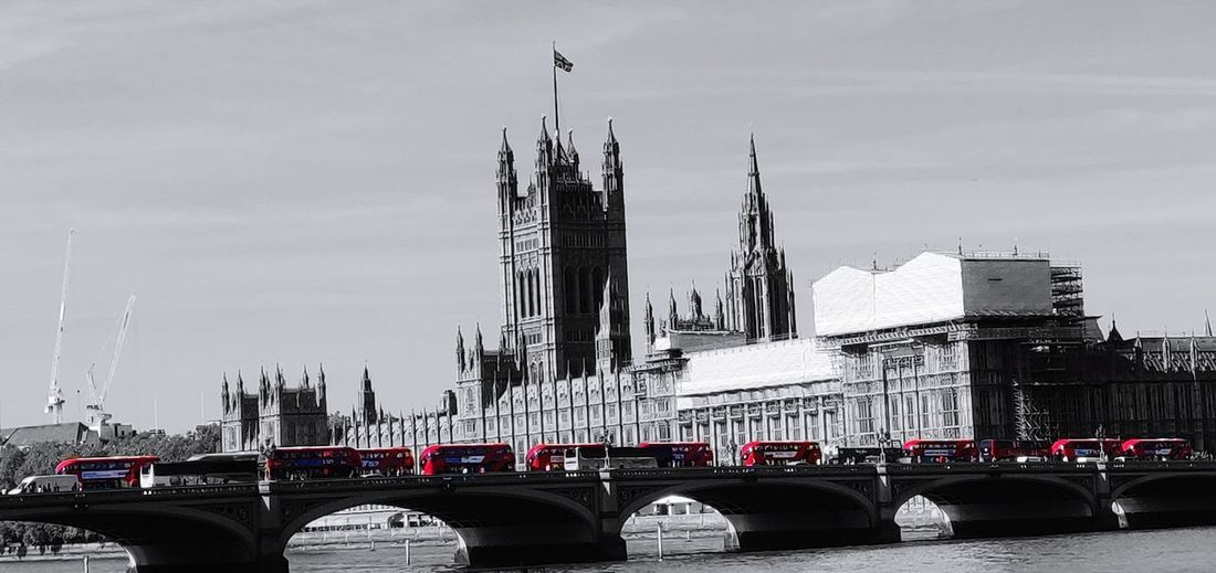 Westminster Bridge Buses Photowalktheworld Oneplus6photography Uk Blackandwhite Mobilephotography Politics And Government City Cityscape Urban Skyline Government Bridge - Man Made Structure Architecture Sky Building Exterior Built Structure Double-decker Bus Houses Of Parliament - London City Of Westminster Inner London Clock Tower