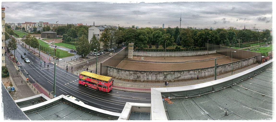 Grenzgaenger Berlinermauer Bernauer Strasse Thewall Berlinwall Mauer Berlin Once Upon A Time Onceuponatime