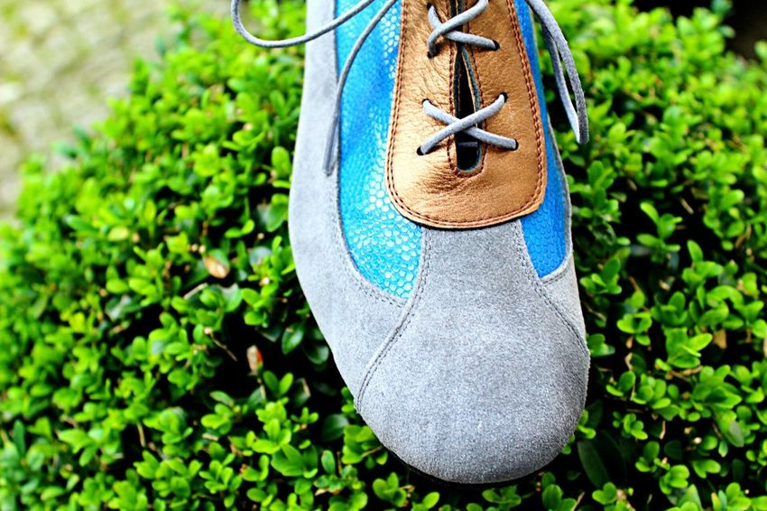 Mix Yourself A Good Time Plant Green Color Beauty In Nature Close-up Shoeselfie Shoesporn Bluesuedeshoes Danceshoes Shoes For Today Berlinschöneberg Tanzschuhe Werk36 Tanzschule