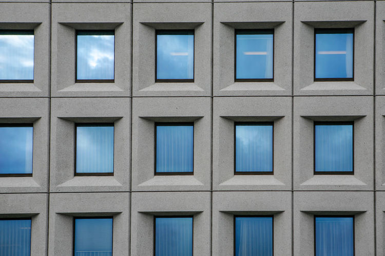 Architecture Architecture_collection Berlin Building Office Building Q Quadrate Window Learn & Shoot: Balancing Elements Streetphotography Architecturelovers The Architect - 2016 EyeEm Awards