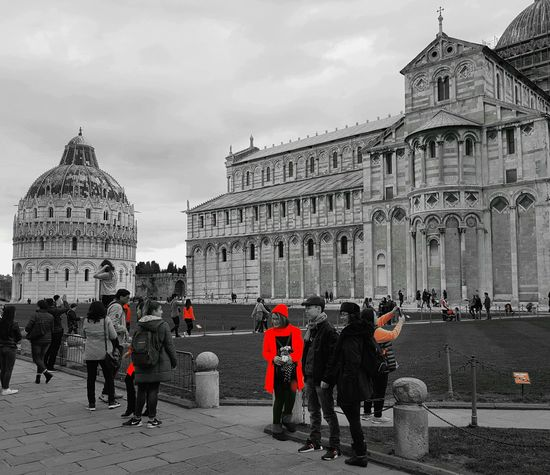 The City Light Travel Destinations Architecture Building Exterior Large Group Of People Sky Rosso Capture The Moment Artistic Photography Travel Io Sono Leggenda Street EyeEm Best Shots Blackandwhite Black & White Red Tourism City Ice Rink Cityscape Piazza Miracoli Pisa Black And White Pisa - Italy Turisti