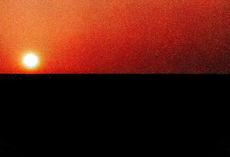 Horizon 'Straight & Black' Sun Natural Color Horizon Red Textured