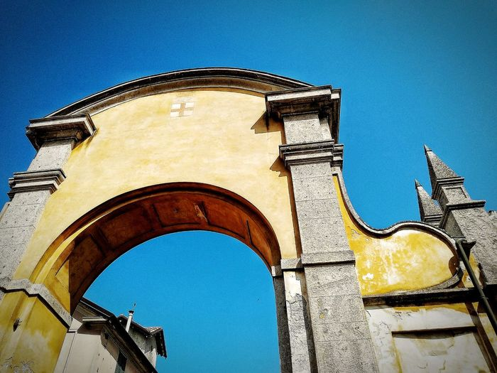 San Colombano al Lambro, Marzo 2019 Hdr_Collection Outdoors Town Sky Low Angle View Arch Architecture Built Structure