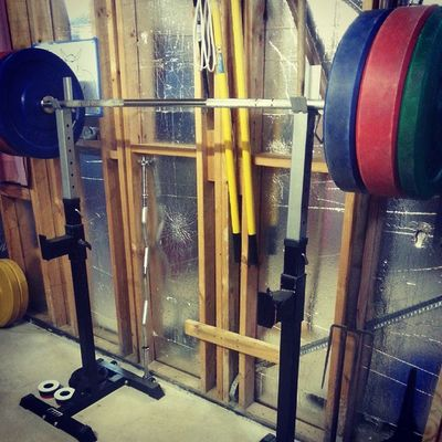 Squat day. 5x5 at 130kg. Loving it. Powerlifting Power Strength Strongman Strong Crossfit Crossfitaustralia Fitness Squat Unbroken