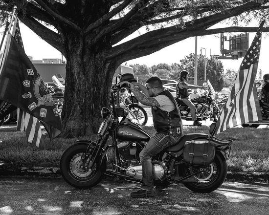 Easy rider Motorcycle Transportation Biker Motorcycles Veteran Streetphotography Blackandwhite Black And White Springfield, MO Bnw_collection Black & White Missouri Harley