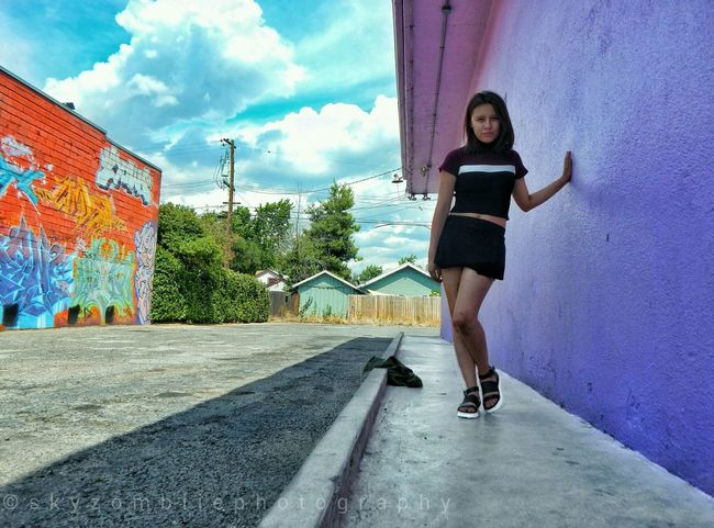 Photoshooting Tower District FresnoCA Vibrantcolors Graffiti Building Graffiti & Streetart Graffiti Art Model Shoot Photoshoot Taking Photos Enjoying Life Nikoncoolpixl830 Photography California California Lifestyle Eyemphotography Photographer Live In The Moment Follow4follow Eye4photography  Street Fashion Ootd