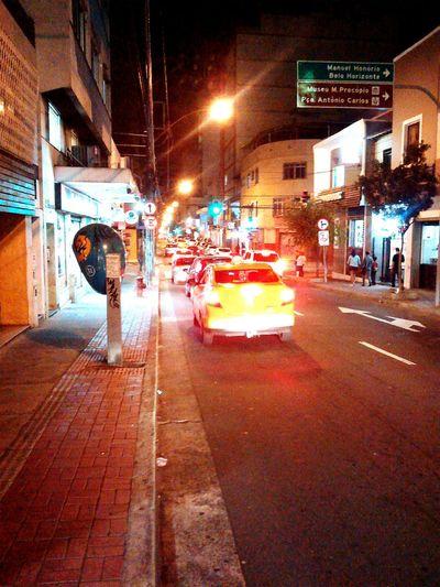 Traços noturnosUrban Life Style Urban Urbannight Urbanlights Nightlights