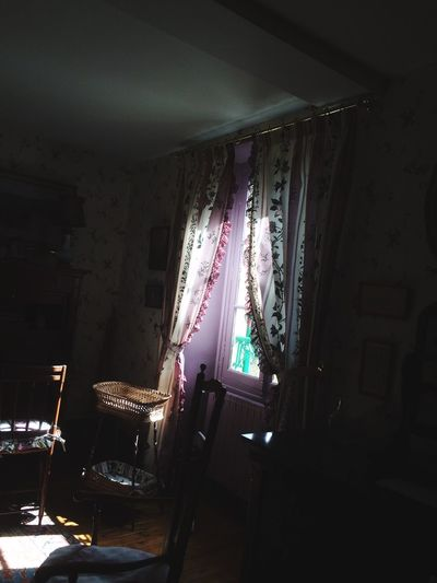 Window Sun Jardin Fenêtre Light Lumière Dark Darkness And Light Room Bedroom Curtain