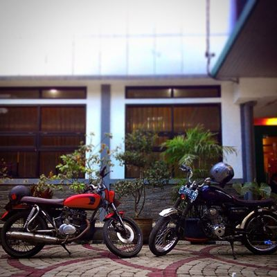 test drive the 3rd of mine Classic is still the winner ! Classicbike Custombike Cb INDONESIA Bandung Lzybstrd Lenovotography Photophone  Photooftheday Bike Oldbike Honda CB100 Classicbike Costumbike Streetlife Streetbike Besitua Motorkustom Cbbandung Cbbandungclassicoldcycle Ride Ridepride