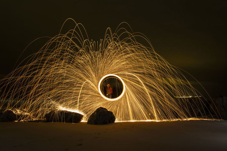 Long exposure with Steel wool Illuminated Lana De Acero Larga Exposicion Long Exposure Motion Nature Night Outdoors Sky Steel Wool Steel Wool Photography Wire Wool Wool Be. Ready. Capture Tomorrow