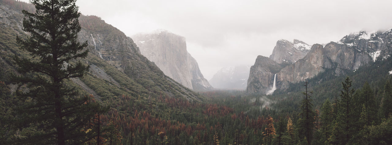 Cloudy Day El Capitan Landscape Mist Mountains Nature Panorama Rainy Waterfall Yosemite Yosemite National Park Yosemite Valley Lost In The Landscape Been There. Perspectives On Nature California Dreamin