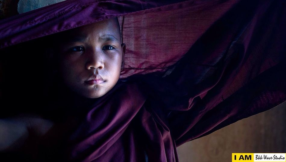 Young monk from Bagan City (Myanmar) Hanging Out Taking Photos Hello World Enjoying Life Hi! Check This Out That's Me Cheese! Relaxing Travel Photography Lowlight Photography Bkkwavestudio Potrait_photography Sport In The City