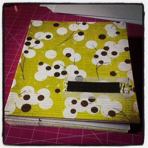 <3 this paper Konnichiwa  Basicgrey Minialbum Scrapbooking blog