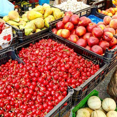 Cherries Freshness Food Farmers Market Portugal Fruits