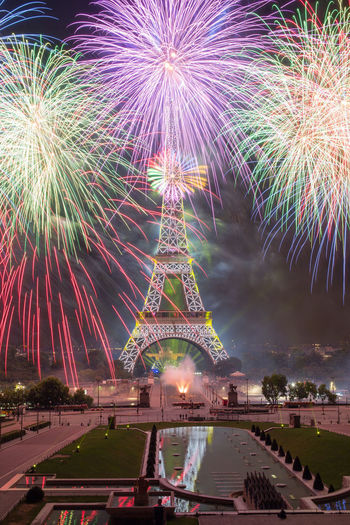 Bastille Day Firework Display TourEiffeil Paris, France  2017 EyeEm Awards The Photojournalist - 2017 EyeEm Awards 2017 Feu D'artifice 14 Juillet 2017 Arts Culture And Entertainment Travel Destinations Illuminated