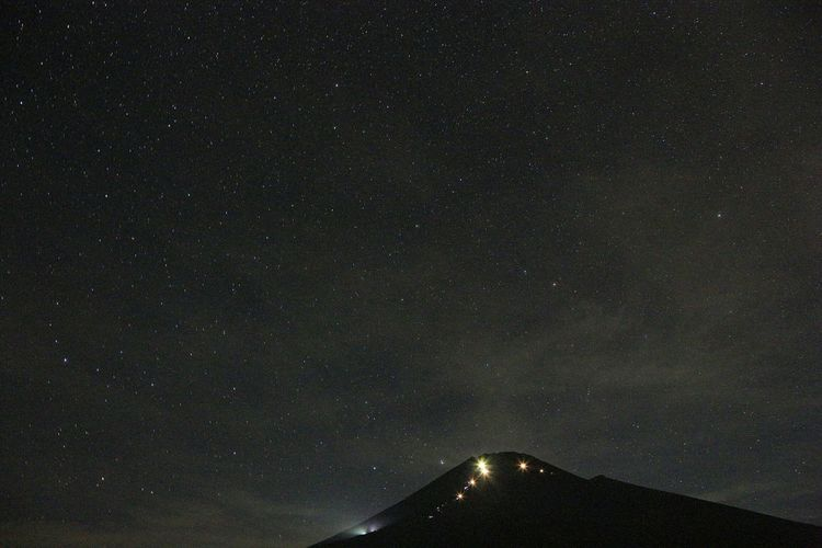 When you wish upon a star☆彡 Landscape Night Lights Night View Stars Nature Mountains EyeEm Nature Lover Japan ~カメログまたここで~ Mt.Fuji