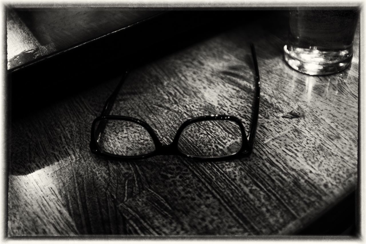 eyeglasses, table, still life, indoors, wood - material, no people, vision, close-up, glasses, day