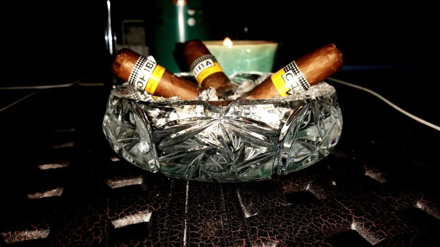 FamTime Whiskey And Cigars Cigarro Cigartime