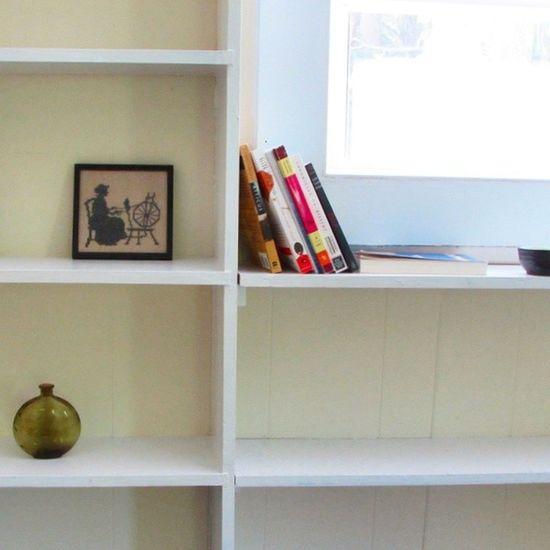 Simple White Bookshelf Perfectlight