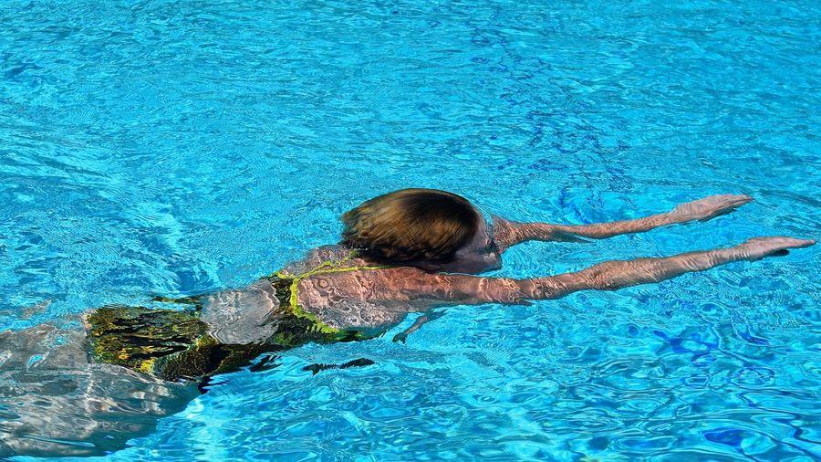 Power & Strength. Athlete Female Athlete Female Swimmer Girl Power Sports Sports Photography Swimmer Swimming Swimming Pool Water Water Sports The Essence Of Summer The Essence Of Summer- 2016 EyeEm Awards The Great Outdoors - 2016 EyeEm Awards